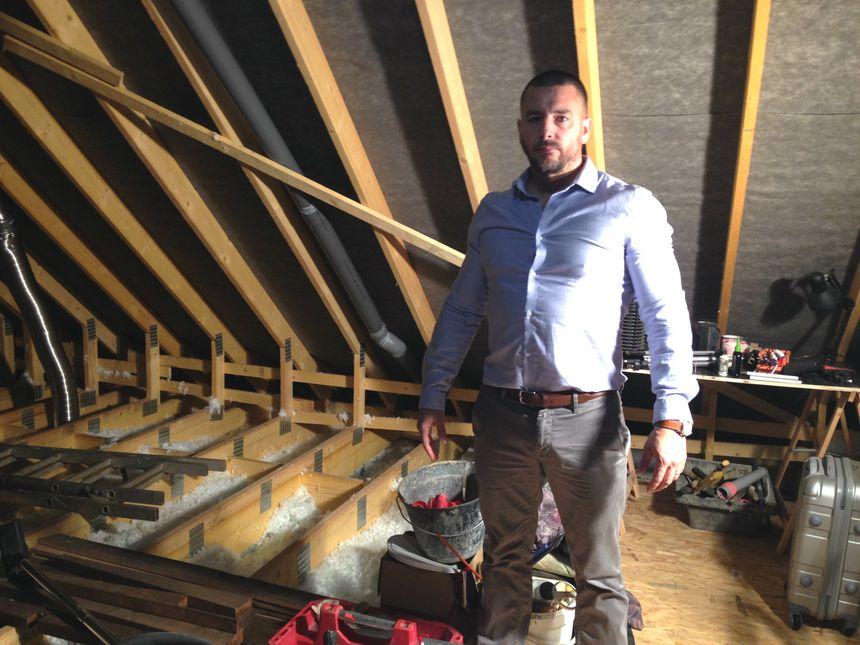 Des problèmes d'isolation dans la maison de Benoît Uzu, construite par Maisons Lelièvre