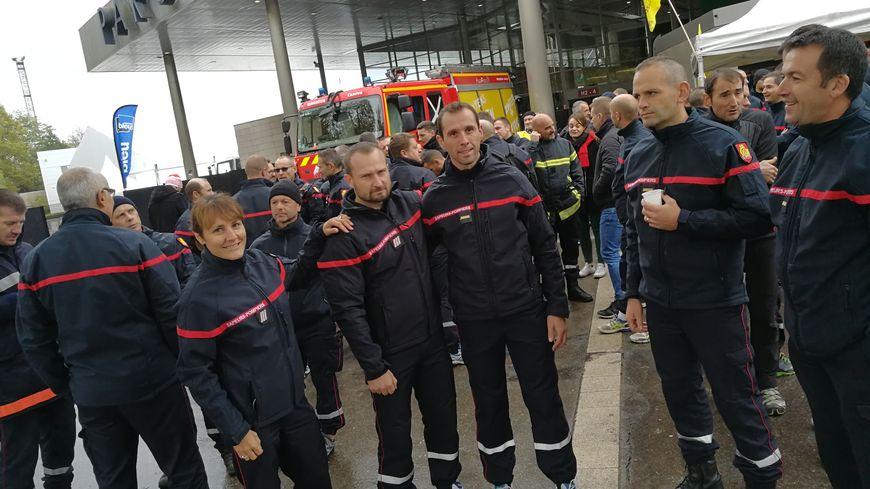 """Les pompiers mobilisés ce jeudi devant le Palais des Congrès étaient tous des """"pompiers de repos"""" selon Matthieu Brégand président du Syndicat Autonome"""