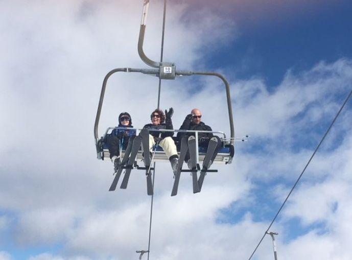 Les skieurs guettent l'ouverture de la saison dans le Sancy