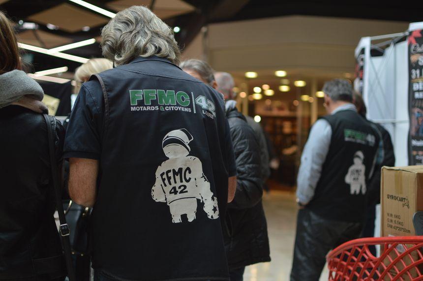 C'est une opération commune menée par la Police et la FFMC de la Loire. - Radio France