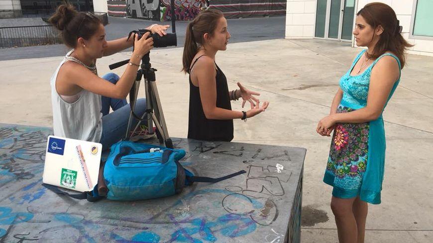 Sophie Hériaud et Mathilde Hériaud en reportage à Barcelone
