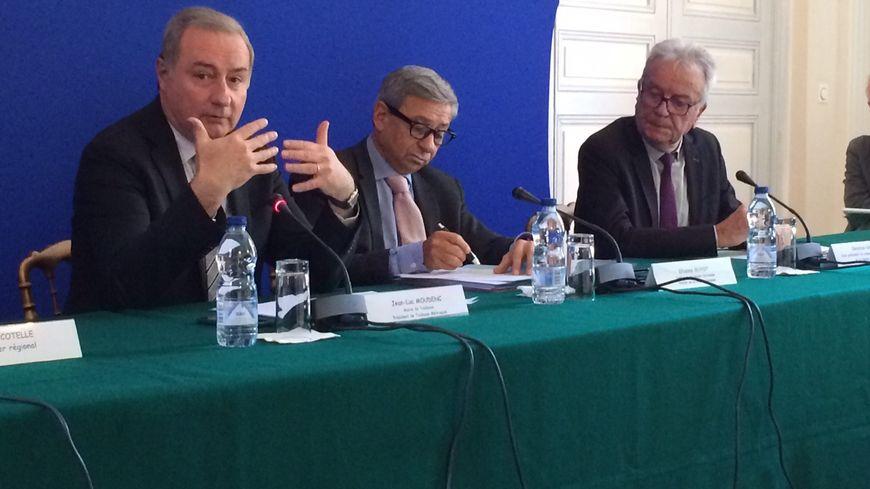 Le maire de Toulouse, Jean-Luc Moudenc et le préfet de la région Occitanie, Etienne Guyot