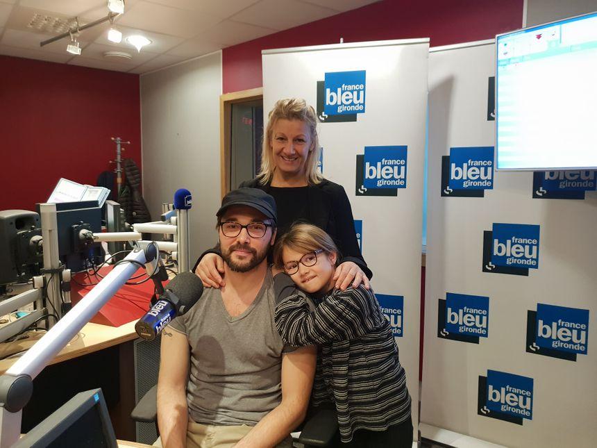 Sébastien, Géraldine et leur fille dans nos studios
