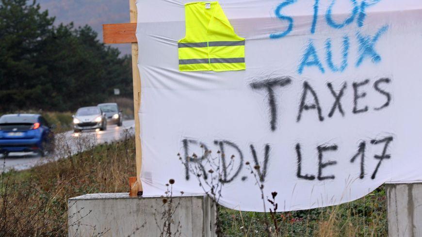 Carte Blocage 17 Novembre Bourgogne.Gilets Jaunes La Carte Des Blocages Prevus En Dordogne