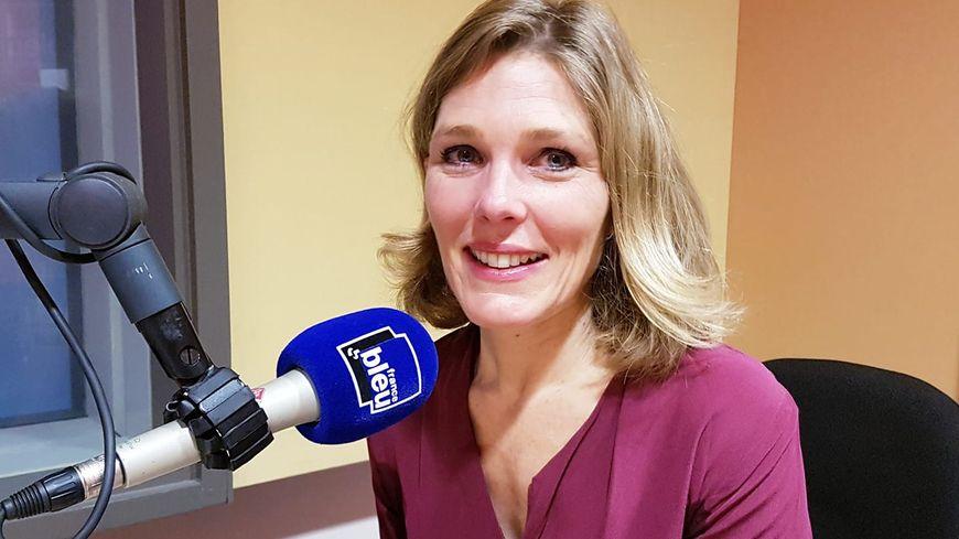 Magali Beaumont dans les studios de France Bleu Vaucluse