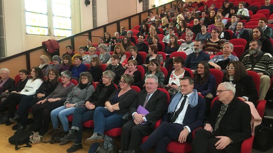 Plus de 80 assistants familiaux rassemblés à la chapelle des Cordeliers à Clermont-Ferrand