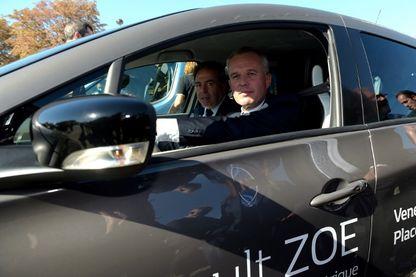 François de Rugy testant une Zoé (Renault) en octobre 2018