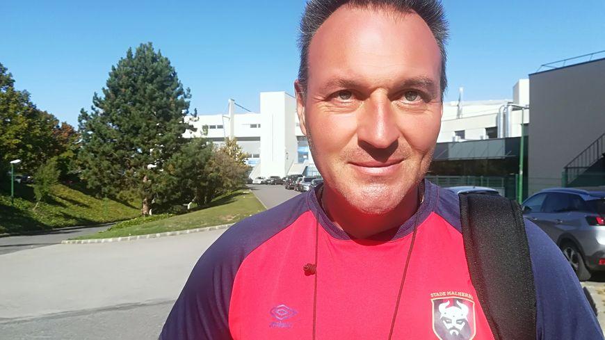 Fabrice Vandeputte entraîne la réserve du SM Caen depuis cet été. Il rejoint le staff de l'équipe professionnel
