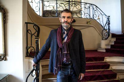"""Le journaliste et écrivain français Philippe Lançon lauréat du prix Femina pour """"Le lambeau"""" (Gallimard) le 5 novembre 2018."""