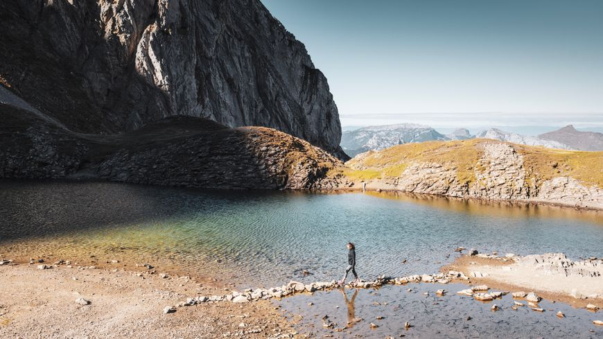 Comme le lac d'Annecy, le lac de Tardevant à La Clusaz s'est asséché.