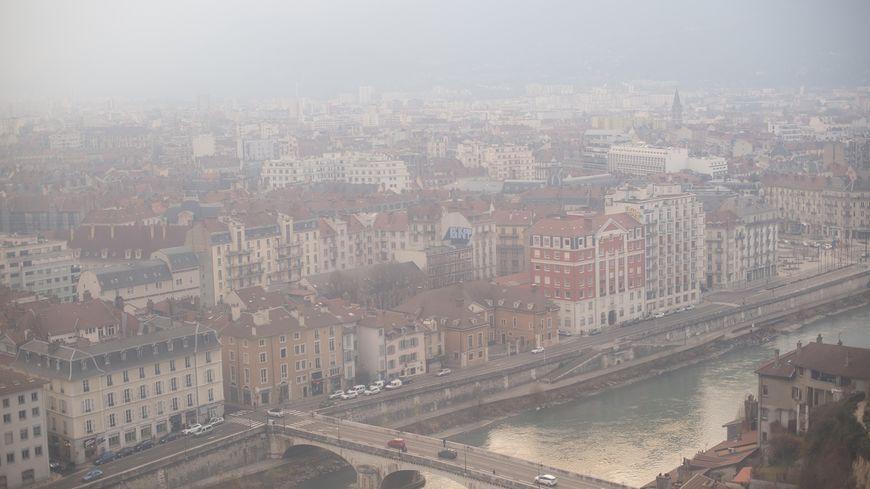 Grenoble connaît régulièrement des épisodes de pollution