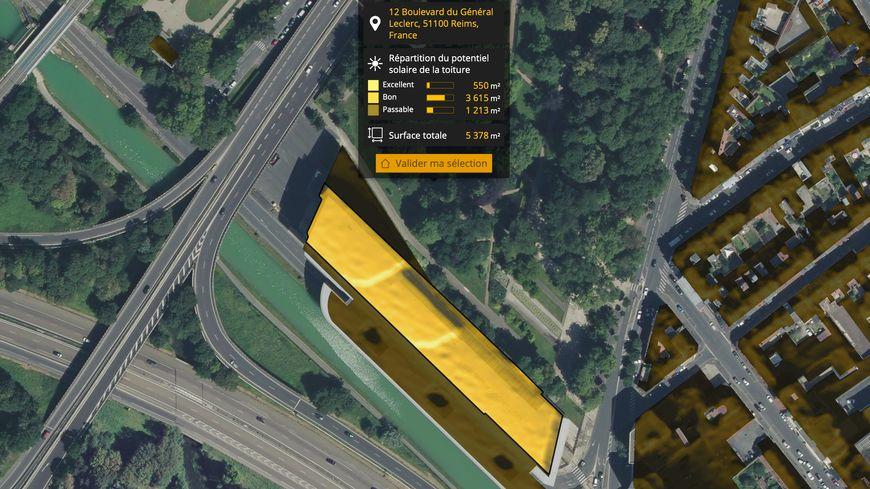 Ici, le potentiel solaire de la toiture du centre des congrès en centre ville de Reims