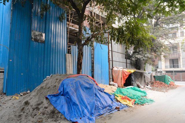 En prévention de cette fête, les autorités ont suspendu tous les chantiers de construction de la ville, jusqu'au 10 novembre.