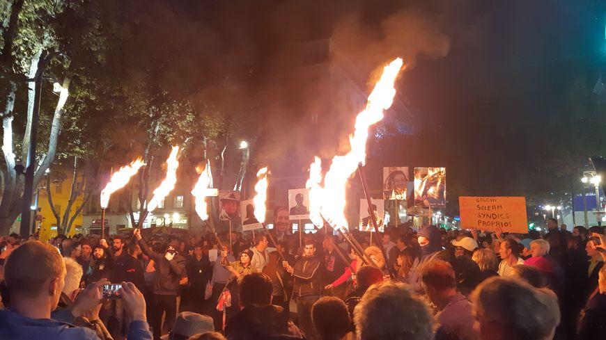 Des centaines de manifestants ont participé à cette marche de la colère