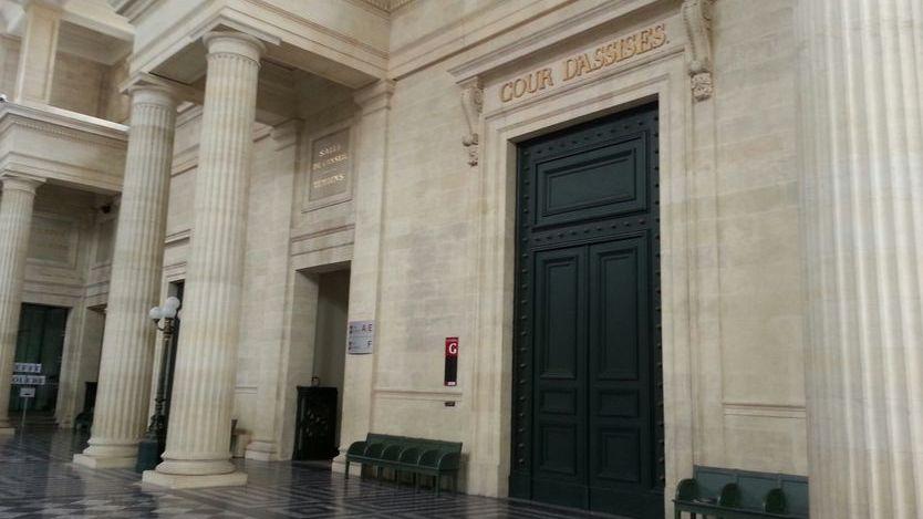 Près de cinq heures de délibéré aux assises de la Gironde pour un acquittement au bénéfice du doute