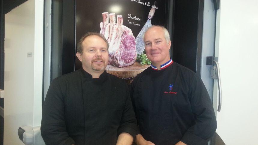 Thierry Morin et son patron, Eric Leboeuf, meilleur ouvrier de France 2007.