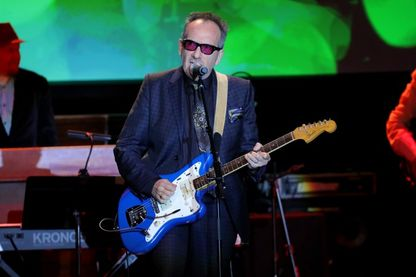 Elvis Costello, en concert le 18 octobre 2017 à New York.