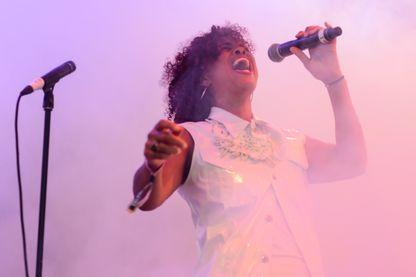 Neneh Cherry sur scène au Field Day Festival 2014 à Victoria Park le 7 juin 2014 à Londres, Royaume-Uni.
