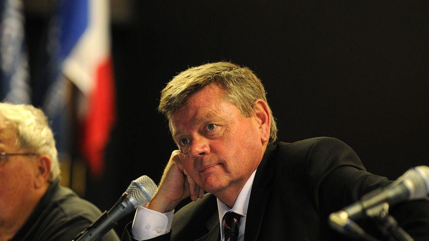 René Raimondi en 2012 lors de son élection à la présidence du SAN Ouest Provence