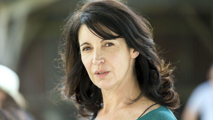 Le tournage de la série France 2 débutera le 10 décembre au Havre avec l'actrice Zabou Breitman.