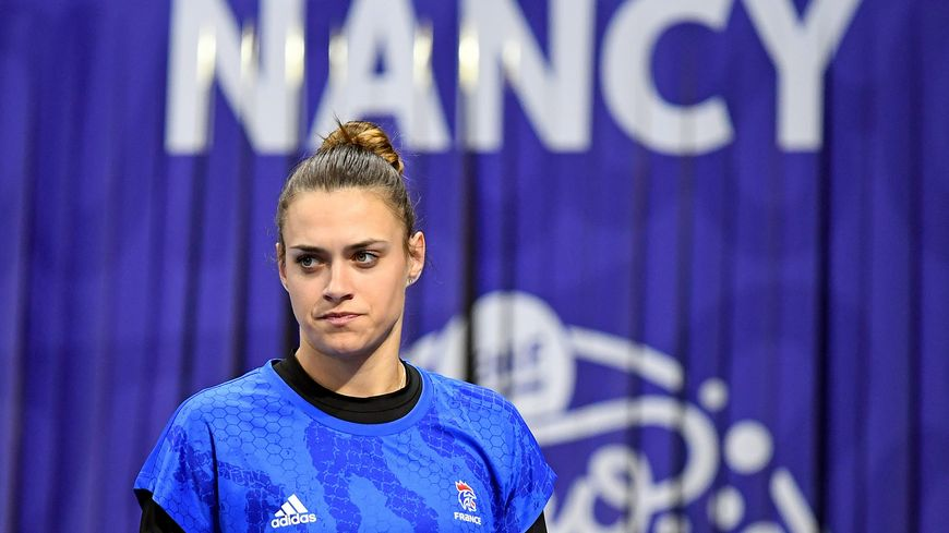 """La gardienne de l'équipe de France Laura Glauser se dit """"déçue"""" de la défaite des bleues."""