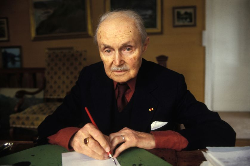 Maurice Genevoix, poète-romancier, en avril 1980, France.