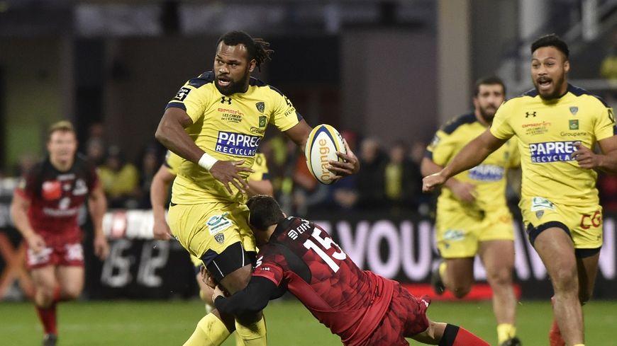 Clermont, vainqueur de Lyon dimanche, reste en tête du Top 14.