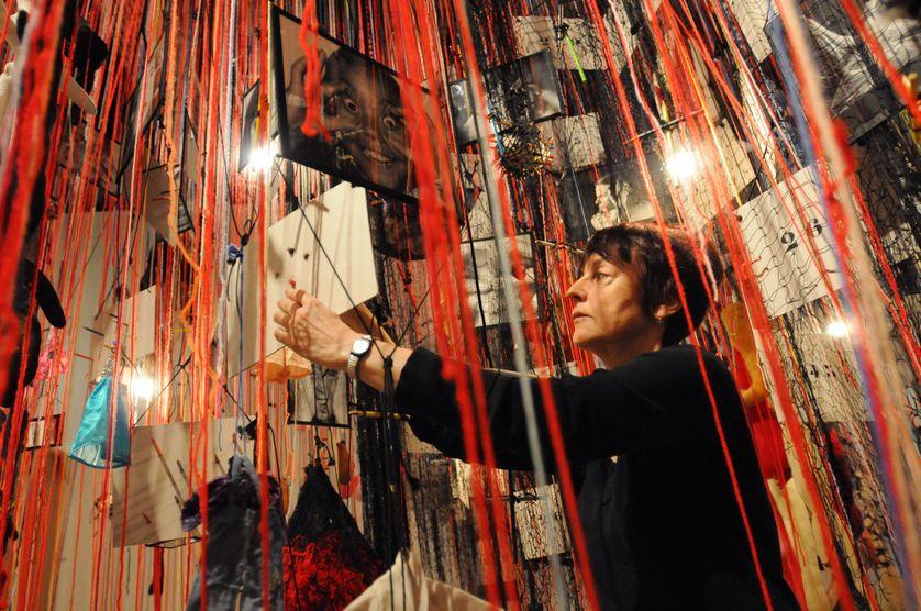 Annette Messager à la Hayward Gallery en mars 2009