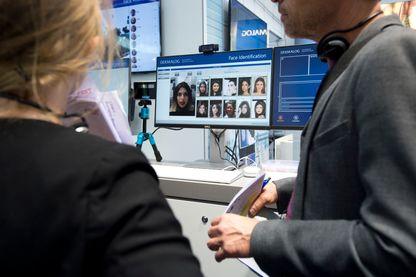Dans l'expérimentation, les voyageurs non européens devront répondre à des questions face à une webcam