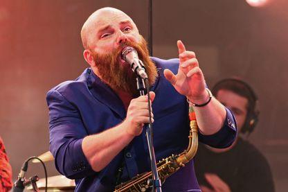 Le musicien Thomas de Pourquery en concert le 11 juillet 2018 pendant le Festival Jazz à Vienne