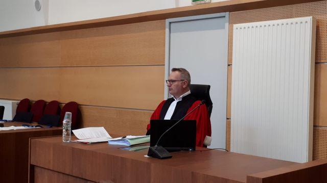 L'avocat général Olivier Kern a requis 8 ans de prison à l'encontre de la mère de Séréna