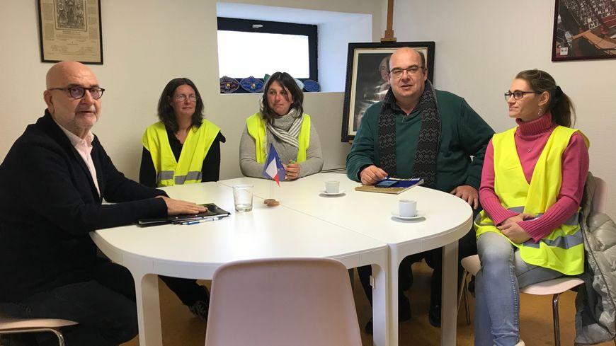 Le député Jean-Pierre Cubertafon a reçu une délégation de quatre gilets jaunes, représentants du Groupement des gilets jaunes du Périgord vert