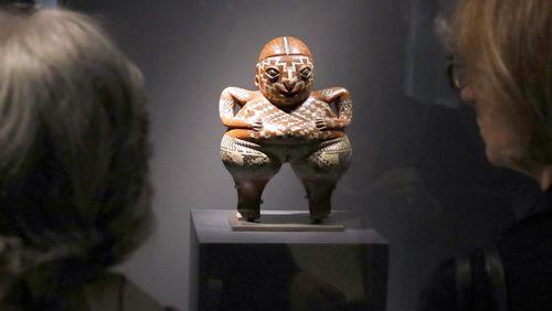 Les nouvelles batailles culturelles (1/4) : Restitutions d'œuvres d'art : la revanche de l'histoire ?
