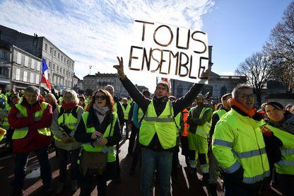 Manifestation de Gilets Jaunes, à Rochefort (24 novembre 2018)