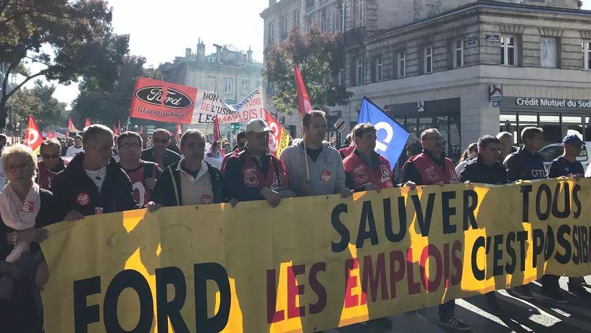 Le 25 octobre, plus de 300 personnes avaient manifesté, à Bordeaux, pour le maintien des emplois à Ford Blanquefort.