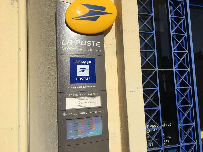Clermont Ferrand Les Habitants De La Plaine Veulent Garder Leur Bureau De Poste