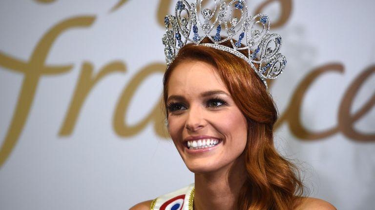Maëva Coucke, Miss France 2018, le 16 décembre 2017 à Châteauroux.