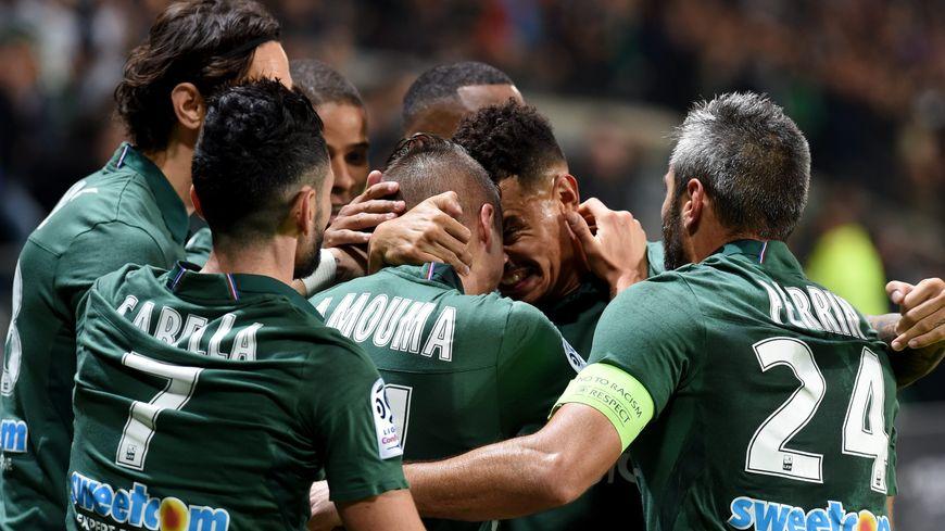 La joie des verts après leur quatrième but victorieux