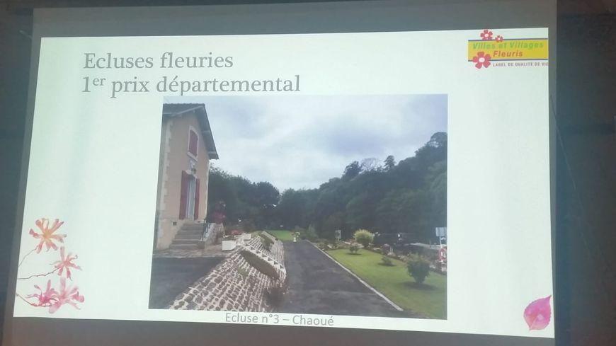 Le conseil départemental de la Sarthe a remis le premier prix de l'écluse à celle de Chaoué à Allonnes