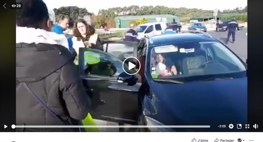 Capture d'écran de la vidéo postée sur Facebook par ce groupe de gilets jaunes de Benesse-Maremne.