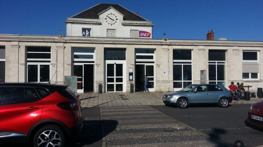 La gare sncf de Bourges