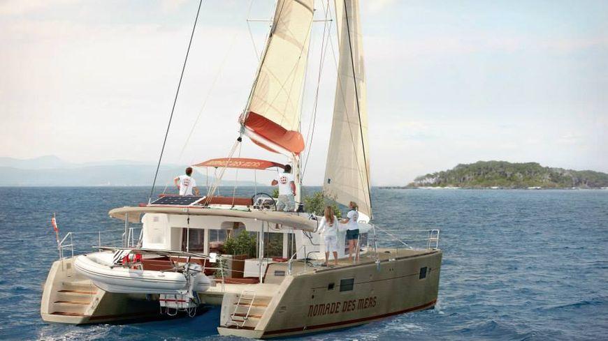 """Le catamaran """"Nomade des mers"""" à la recherche de solution techniques durables"""