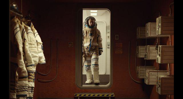 """Robert Pattinson, dans le rôle d'un criminel qui se repent en devenant cobaye dans une mission spatiale extra-solaire, dans """"High Life"""" (film de Claire Denis, science-fiction, novembre 2018)"""