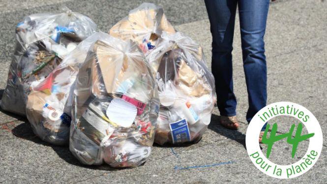 Les Français jettent en moyenne 354 kilos de déchets par an et par personne.
