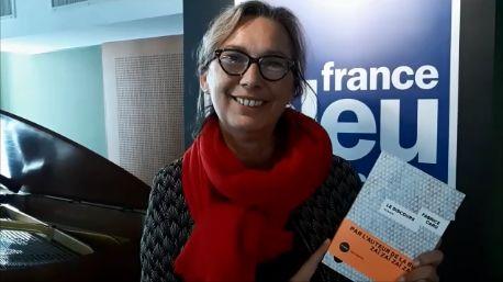 """Christel Rafstedt """"Le Livre dans la Théière"""