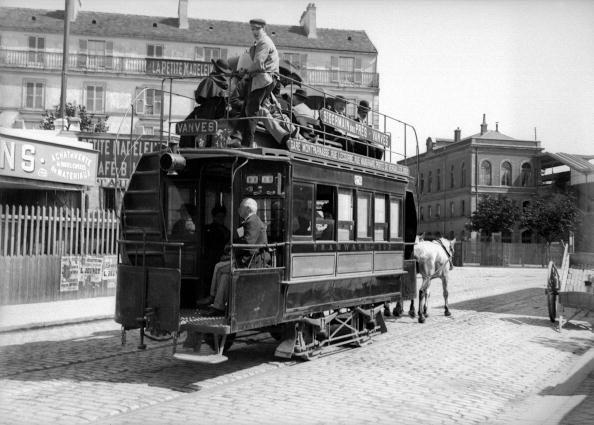 Un tramway tirés par des chevaux