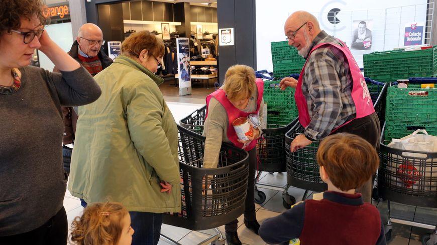 L'an dernier, les dons de nourriture engrangés auprès du public ont représenté 35% des 105 millions de tonnes de denrées alimentaires distribuées.