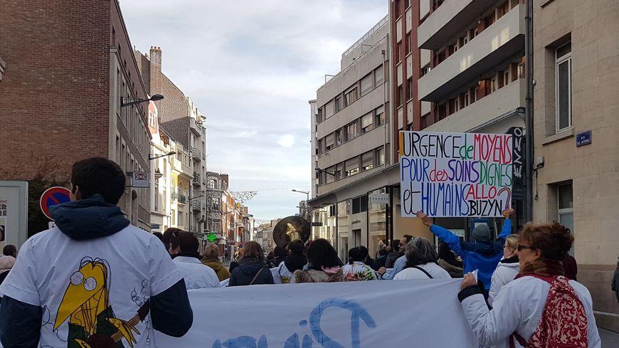 Les grévistes de Pinel comptent désormais sur une convergence avec d'autres établissement français pour se faire entendre