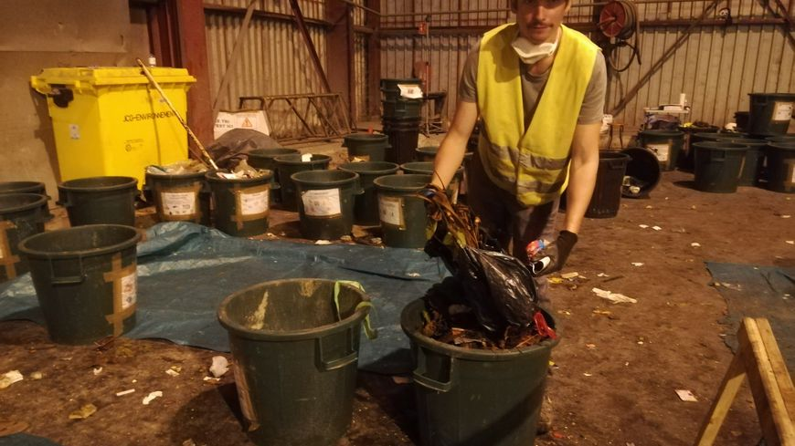 Deux cent quarante échantillons d'ordures ménagères vont être ouverts et inventoriés
