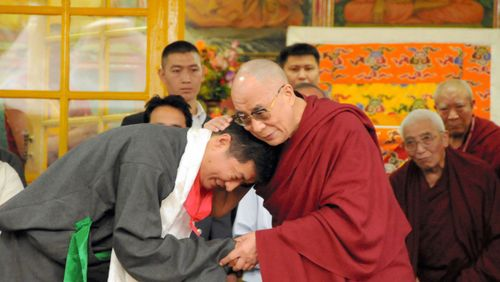 Grande traversée La longue marche du Dalaï-Lama (5/5) : 2008-2014 : XIVe Dalaï-lama et dernier de la lignée ?